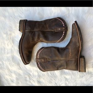 Ariat Shoes - SOLD Ariat Women's Unbridled Western 8 Vintage